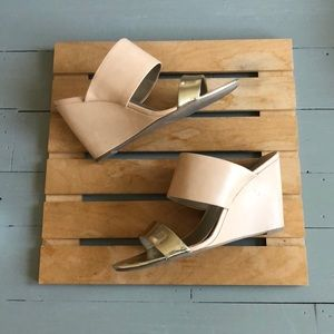 a.n.a. wedge sandals size 10
